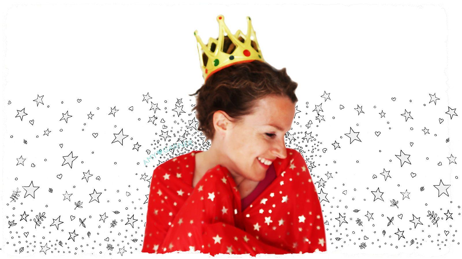 Amy wearing crown with stars – about Amy